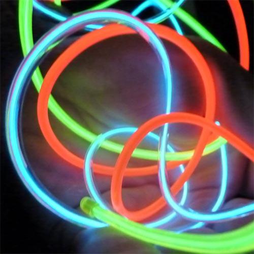 glowing el wire